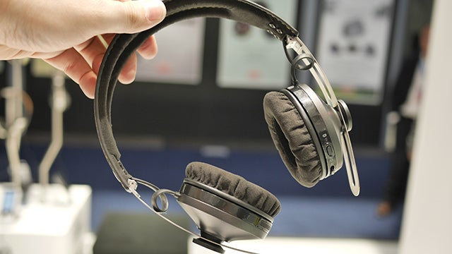 New 2nd-gen Sennheiser Momentum headphones go wireless  50fe111fc631