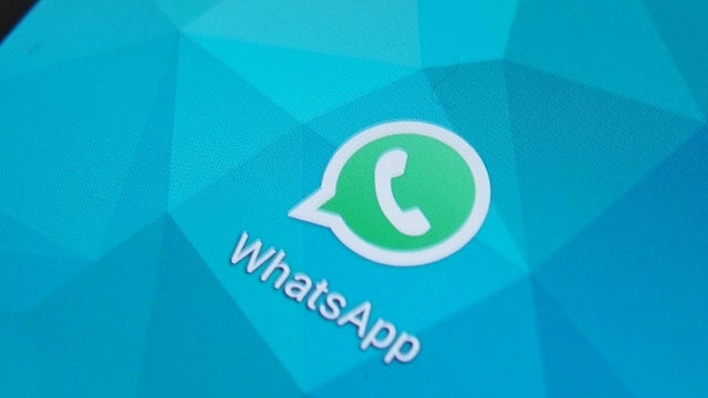 WhatsApp will now let you delete messages an hour after you