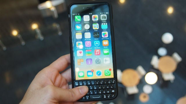 the best attitude 84a86 1a4cf Typo 2 for iPhone 6 Review | Trusted Reviews