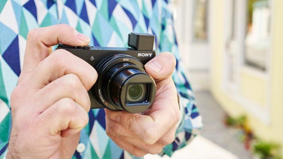 Sony Cyber-shot HX90