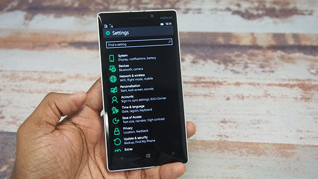 Windows 10 technical preview phones