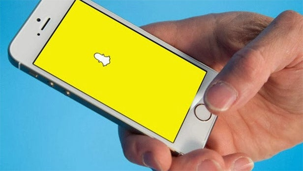 Here's how to undo the hated Snapchat 2018 update on iPhone
