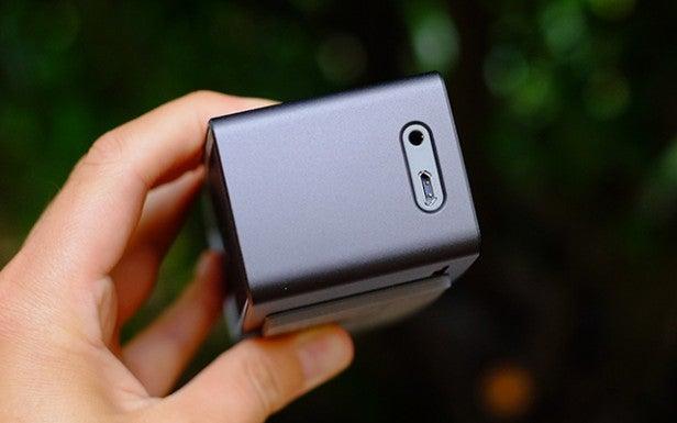 Bose SoundLink Mini II 13