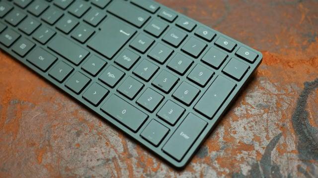 Microsoft Designer Bluetooth Desktop Review  5c0958be395f8