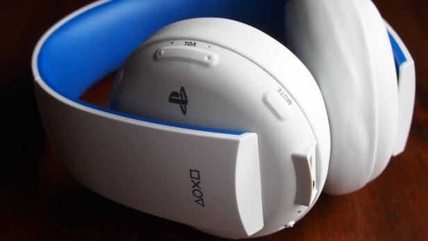 Sony Wireless Stereo Headset 2.0 21