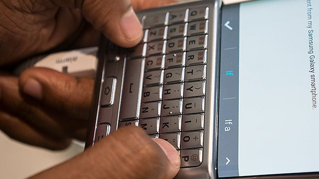 624b0b7d236 Samsung Galaxy Note 5 and S6 Edge+ Keyboard Cover Review | Trusted ...