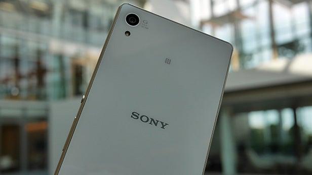 Sony Xperia Z3+ 45