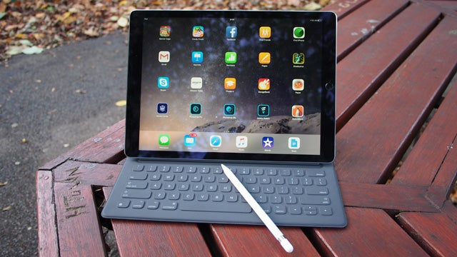 Apple admits multiple faults with iPad Pro Smart Keyboard