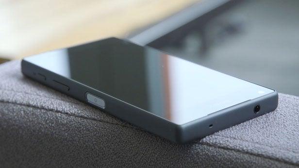 Sony Xperia Z5 Premium 73