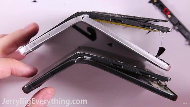 Nexus 6P bend