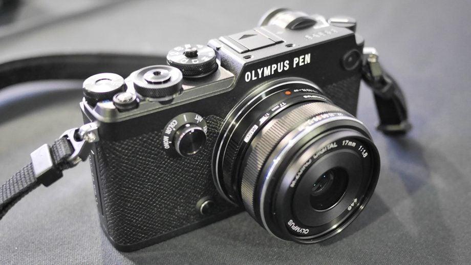 Olympus PEN-F 15
