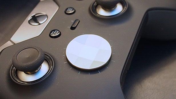 Xbox One Elite Controller vs SCUF Infinity 1 13