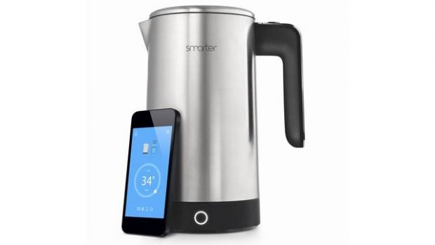 'Smarter iKettle 2.0' from the web at 'http://ksassets.timeincuk.net/wp/uploads/sites/54/2016/01/Smarter-0-1-620x349.jpg'