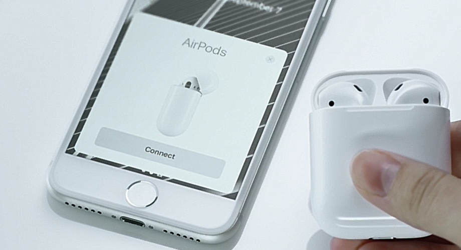 Apple AirPods 10