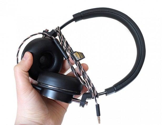 onkyo headphones. Onkyo H500 5 Headphones