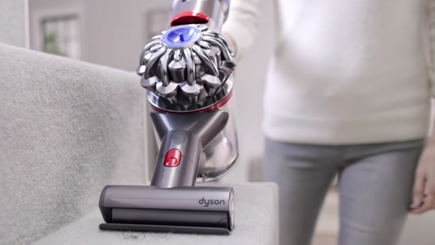 Dyson V8 Absolute Battery Life Stairs Pet Hair