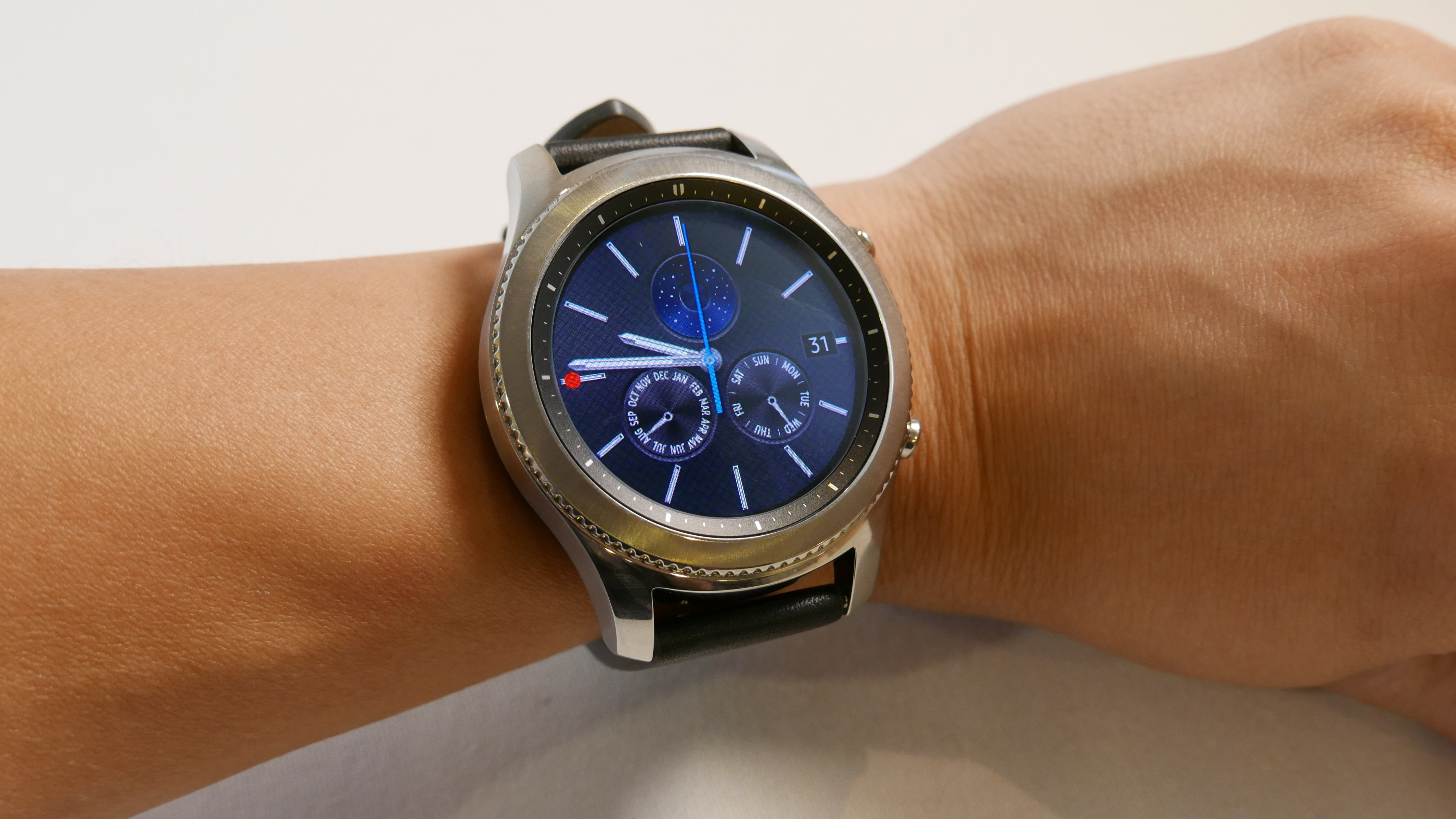 Samsung Wants To Put An Quot Ultra Slim Quot 4g Smartwatch On Your