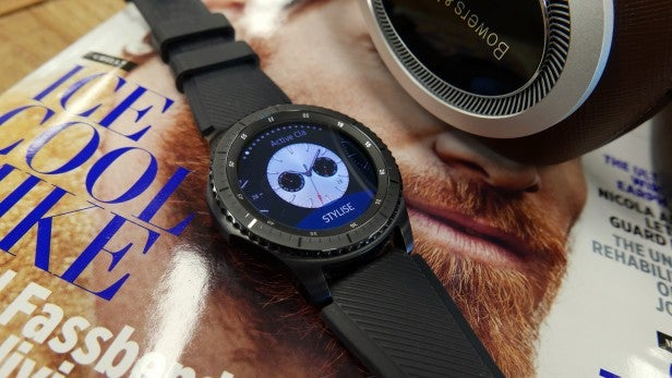 Double discount on the Samsung Gear S3 nets you free AKG headphones