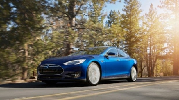 New Tesla owners face fees for 'Premium' data use while