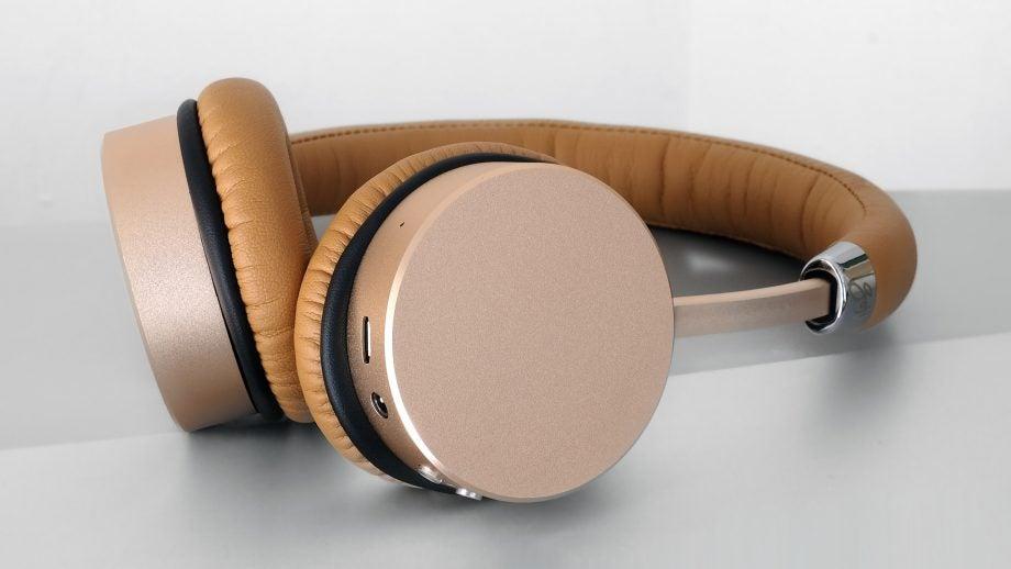 Goji Collection Wireless 9