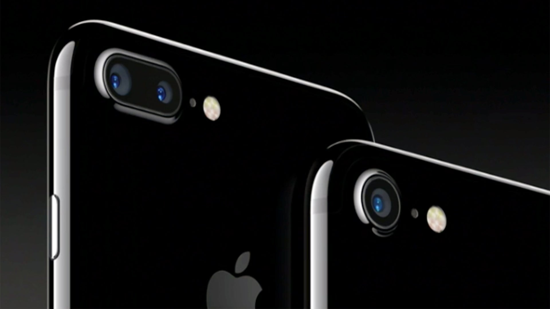 Wallpaper iphone jet black - Apple Just Secretly Admitted That The Jet Black Iphone 7 Will Scratch Really Easily Trusted Reviews
