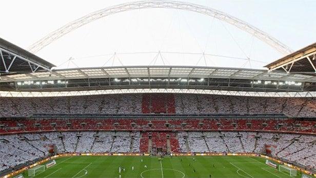 EE shows off UK's fastest mobile data speeds at Wembley Stadium