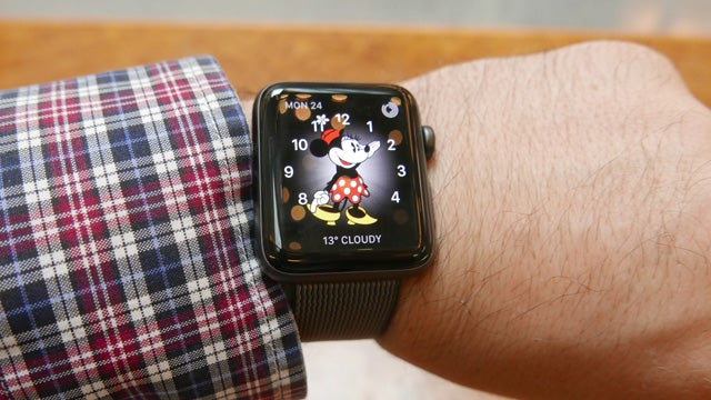 How to choose, change, and customise Apple Watch faces