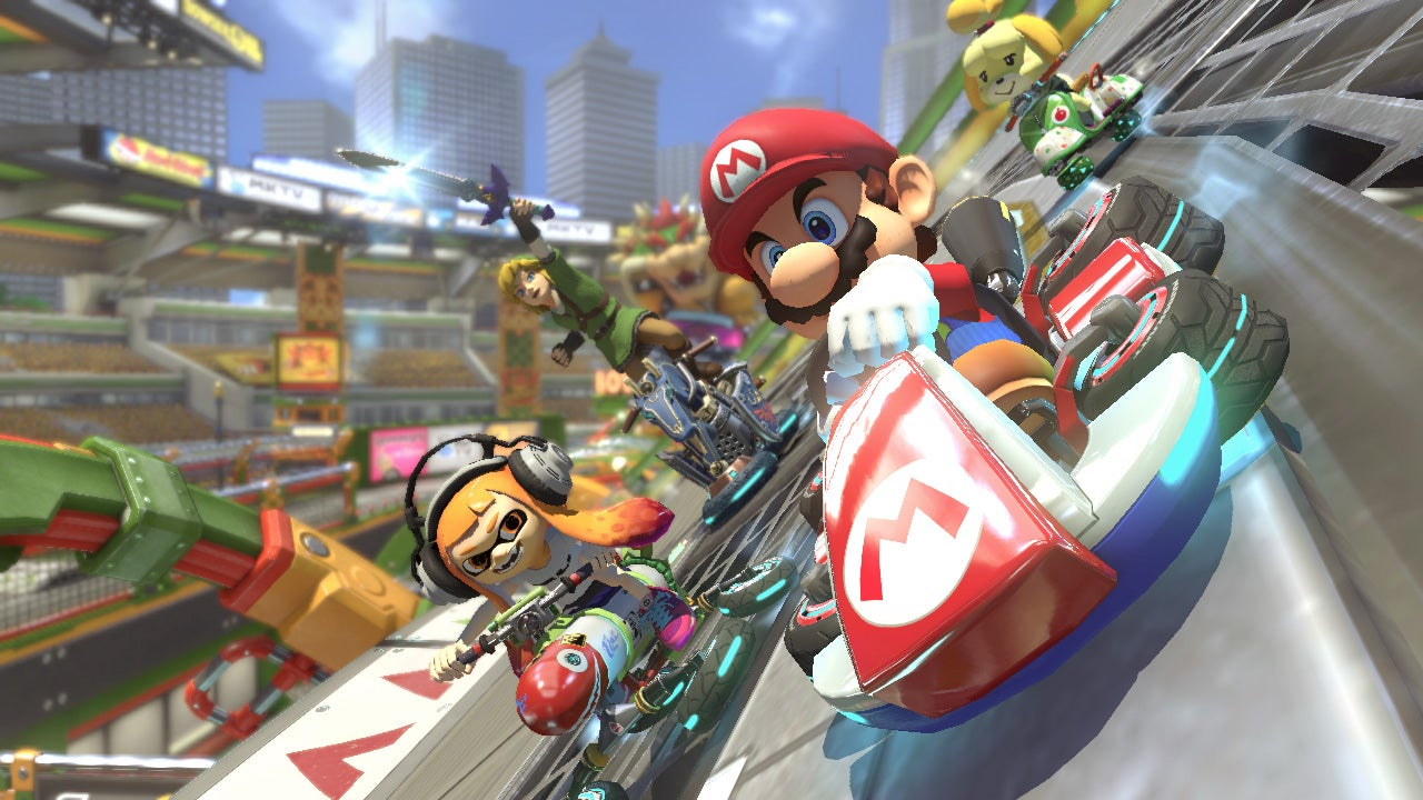 mario kart 8 deluxe review trusted reviews. Black Bedroom Furniture Sets. Home Design Ideas