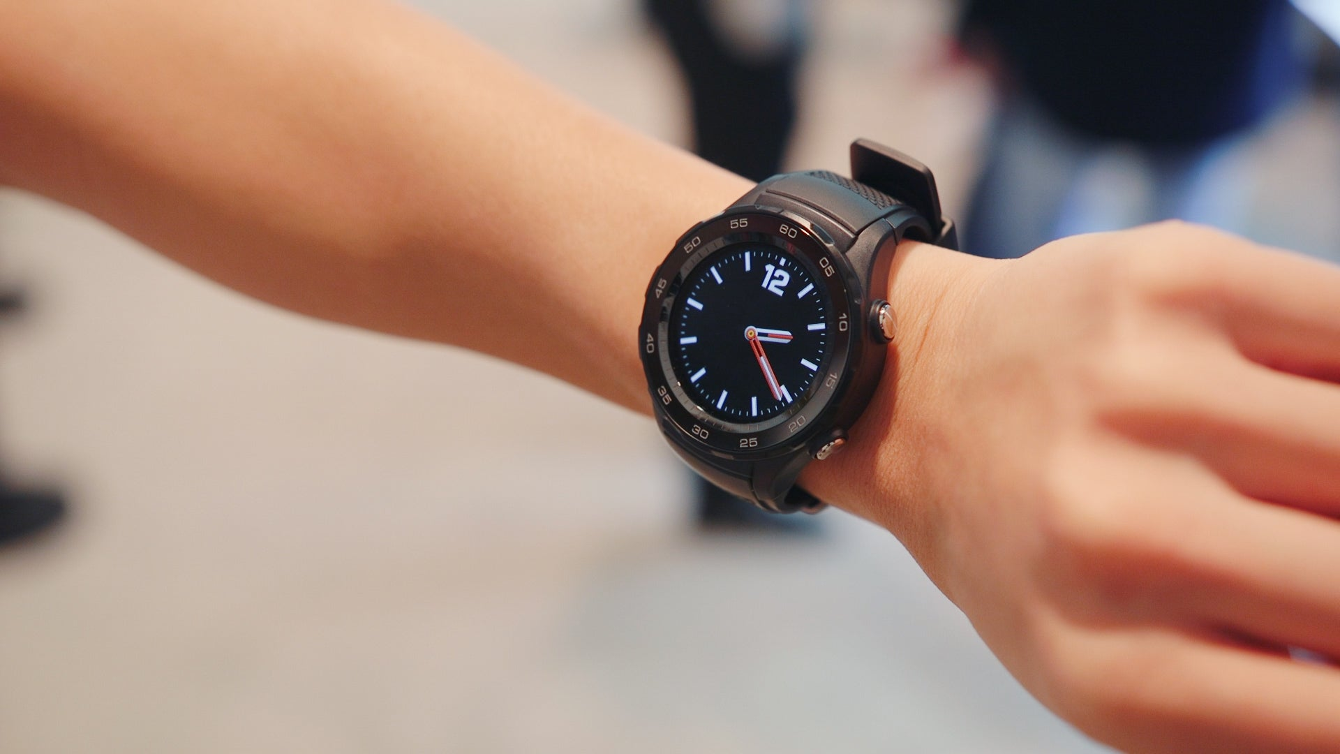 huawei smartwatch on wrist. huawei smartwatch on wrist