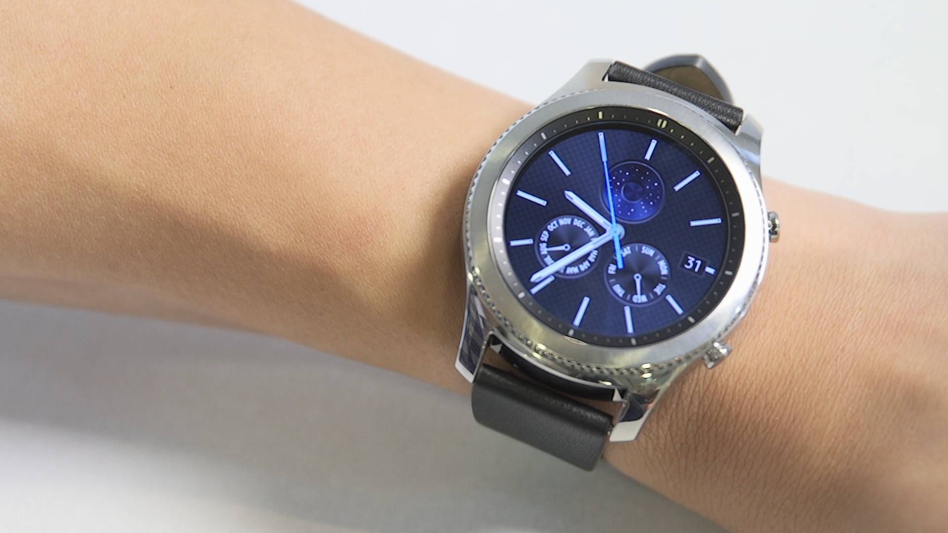 Gear S3 Gets Three New Big Name Fitness Apps Trusted Reviews Samsung Classic Silver
