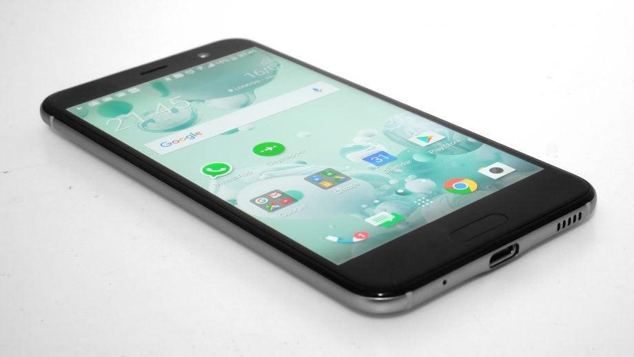 HTC U Play 33