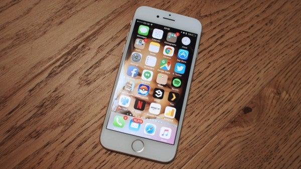 iPhone 7 vs iPhone SE