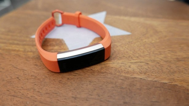 Fitbit Alta HR – Battery life and verdict Review | Trusted