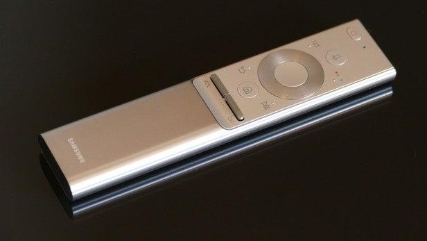 Samsung Q7 QLED TV 2