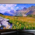 Samsung Q7 QLED TV 6