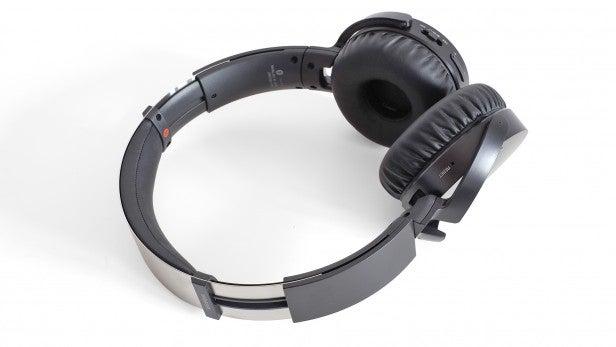 Sony MDR-XB650BT 15