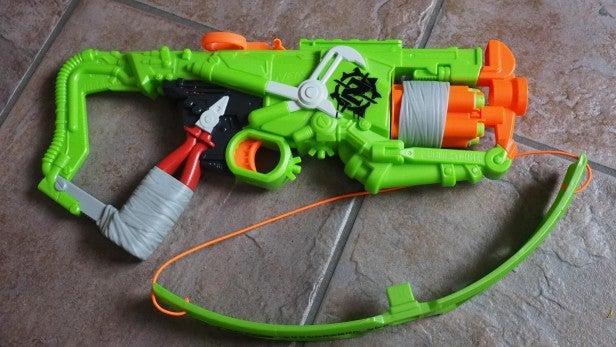 NERF Zombie Strike Outbreaker Bow 2
