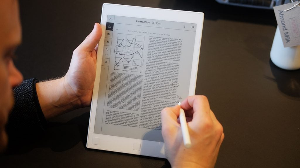 Remarkable e ink tablet review trusted reviews theres an aluminium plate on the back that offers a cooler feel and rigidity above and below this are two long rubber feet these are great for keeping fandeluxe Choice Image