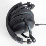 SoundMagic HP151 11