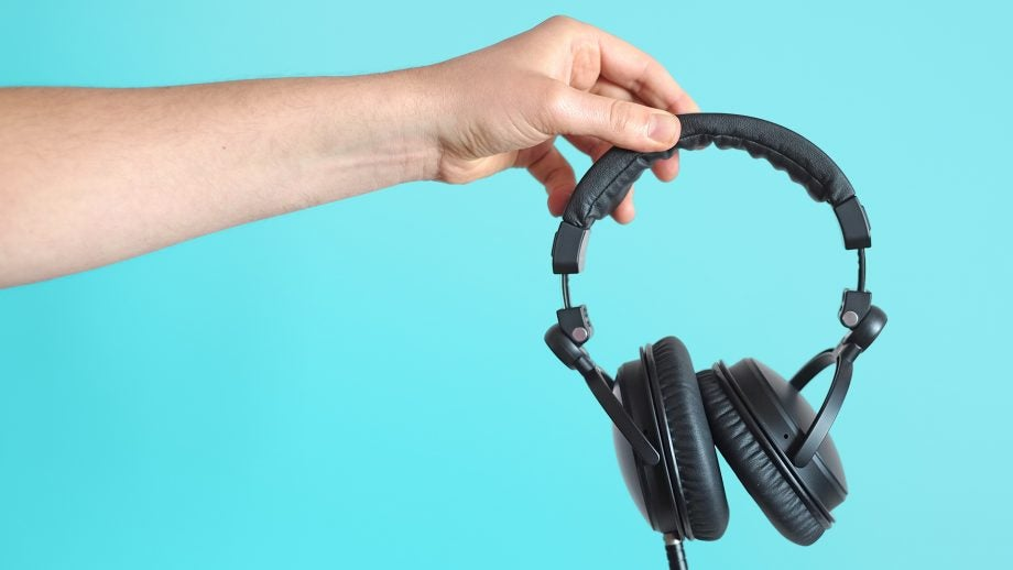 SoundMagic HP151 17