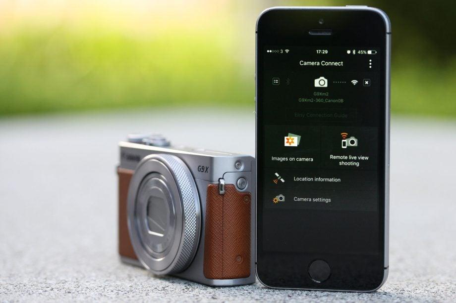 Canon G9X II WiFi button