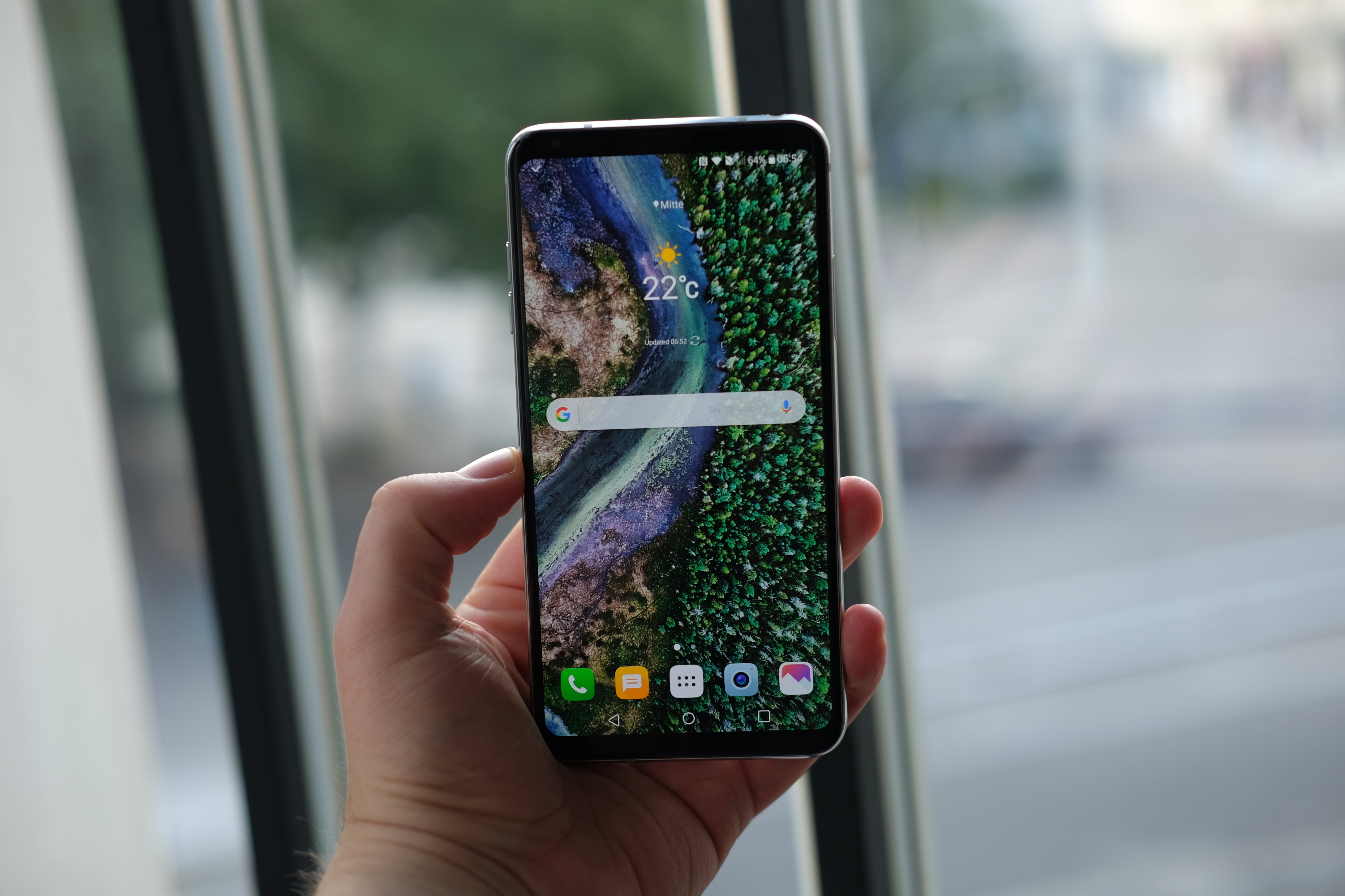 LG V30 Battery life and Verdict Review | Trusted Reviews