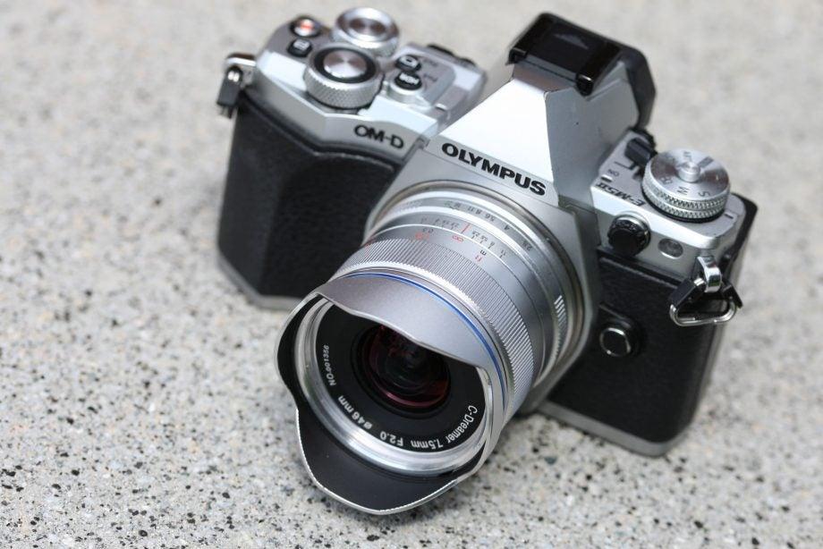 Laowa 7.5mm f/2 MFT with hood