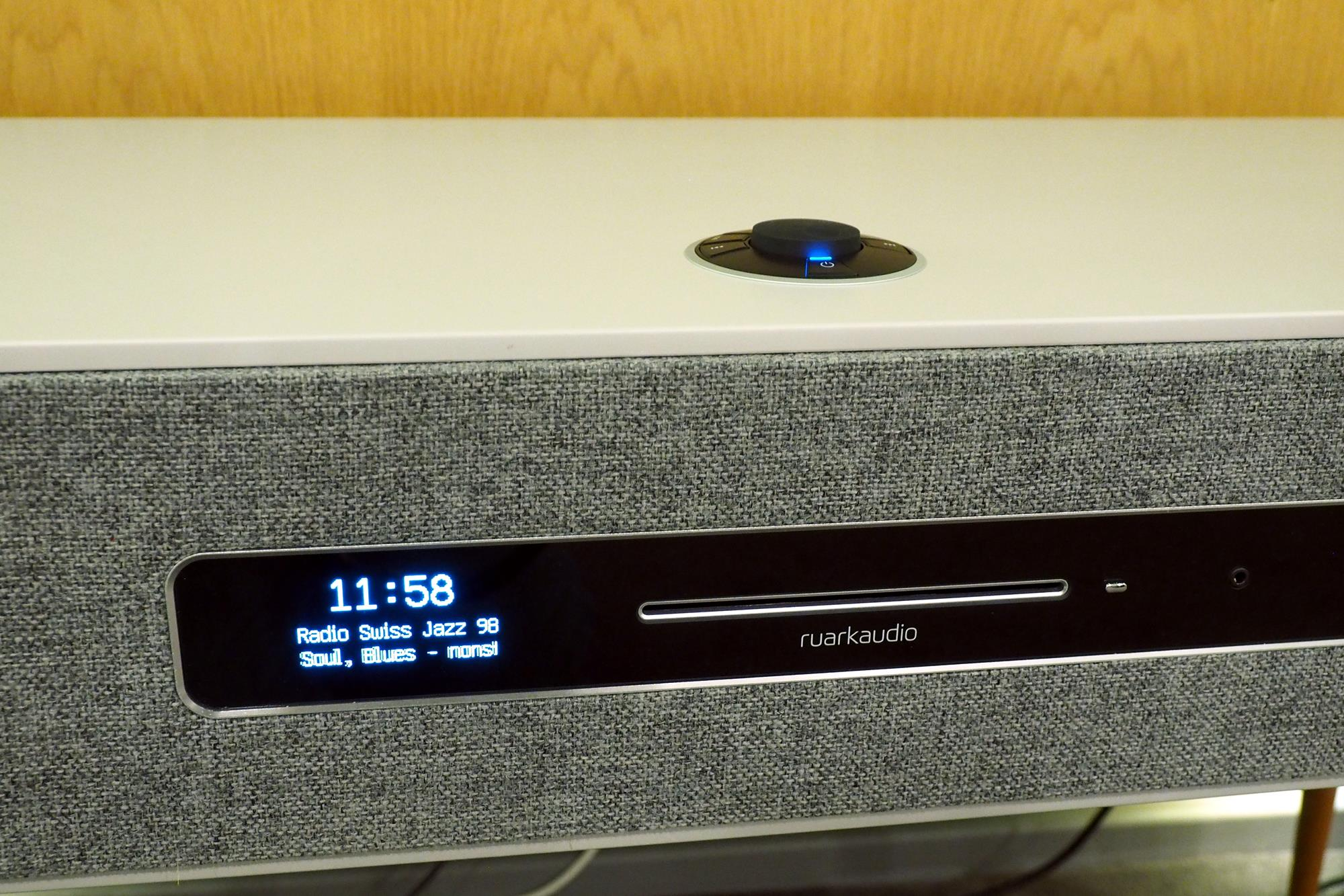 ruark audio r7 mk3 review trusted reviews. Black Bedroom Furniture Sets. Home Design Ideas