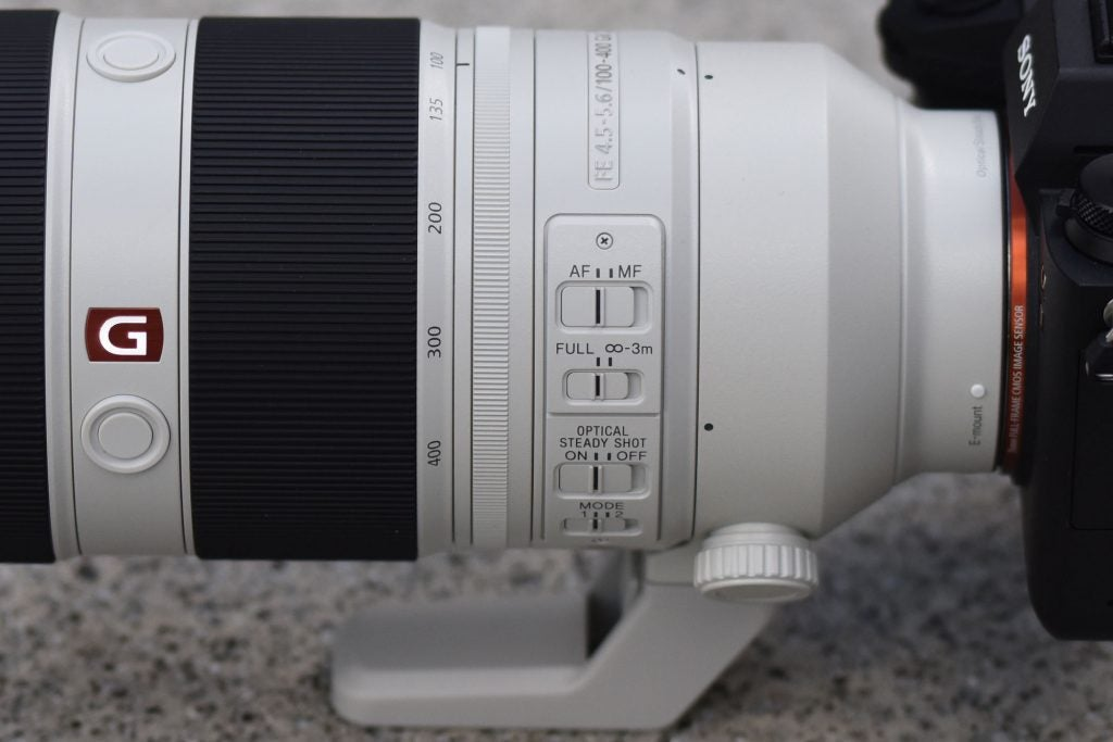 Sony 100-400mm GM switches