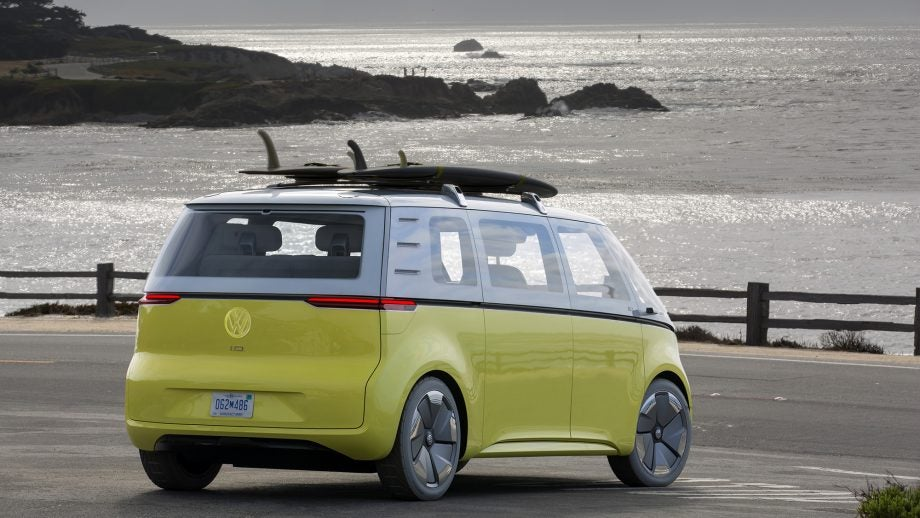 volkswagen i d buzz this is vw 39 s first electric microbus. Black Bedroom Furniture Sets. Home Design Ideas