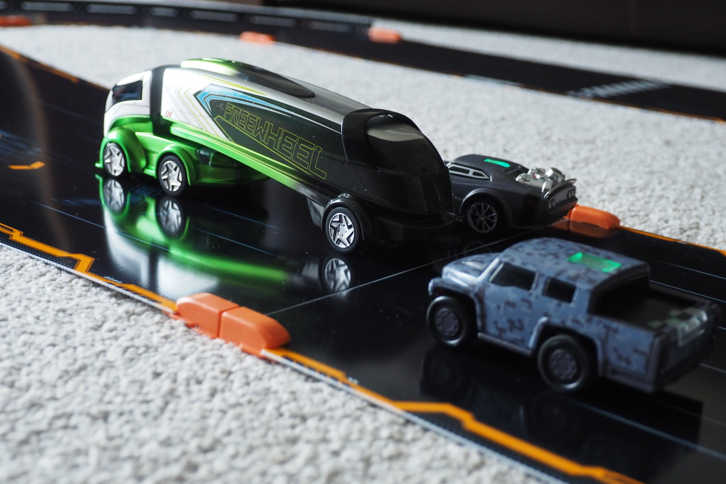 anki overdrive fast furious edition review trusted reviews. Black Bedroom Furniture Sets. Home Design Ideas