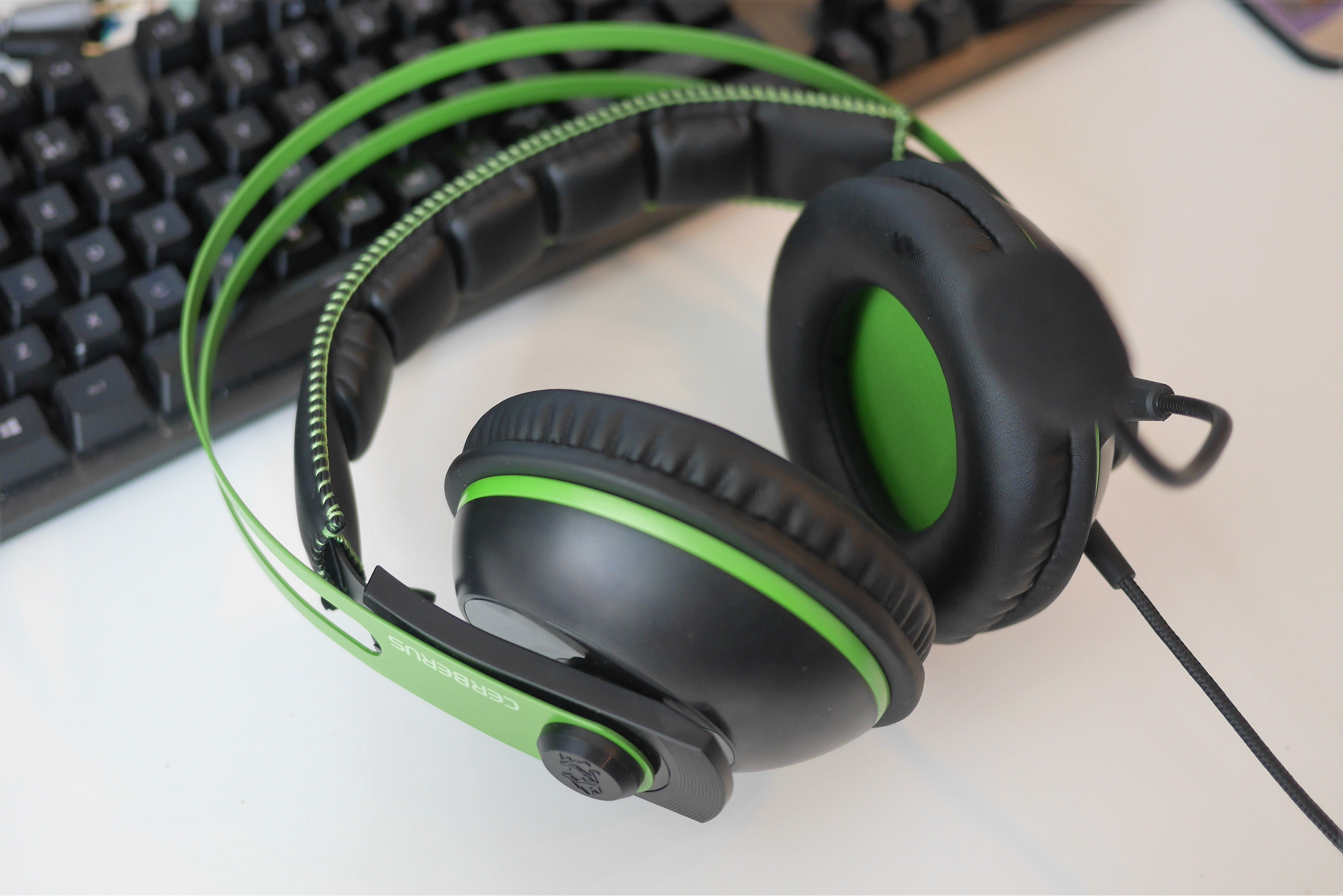 8569c9a1cec Thanks to the slightly elasticated headband, there's no faff in adjusting  this headset for your head size. Those with very large heads, however, ...