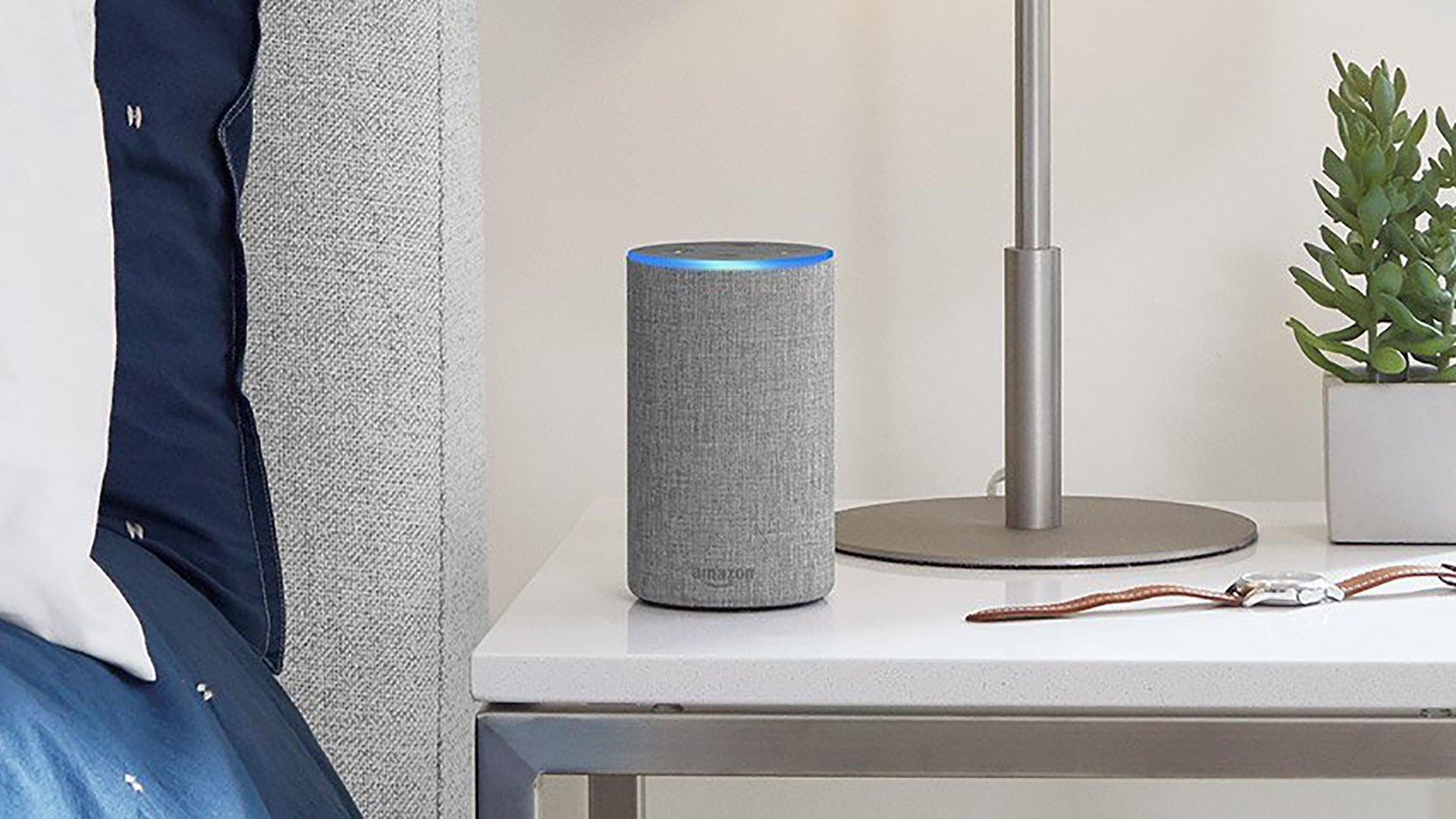 amazon echo 2 vs echo your guide to the all new echo. Black Bedroom Furniture Sets. Home Design Ideas