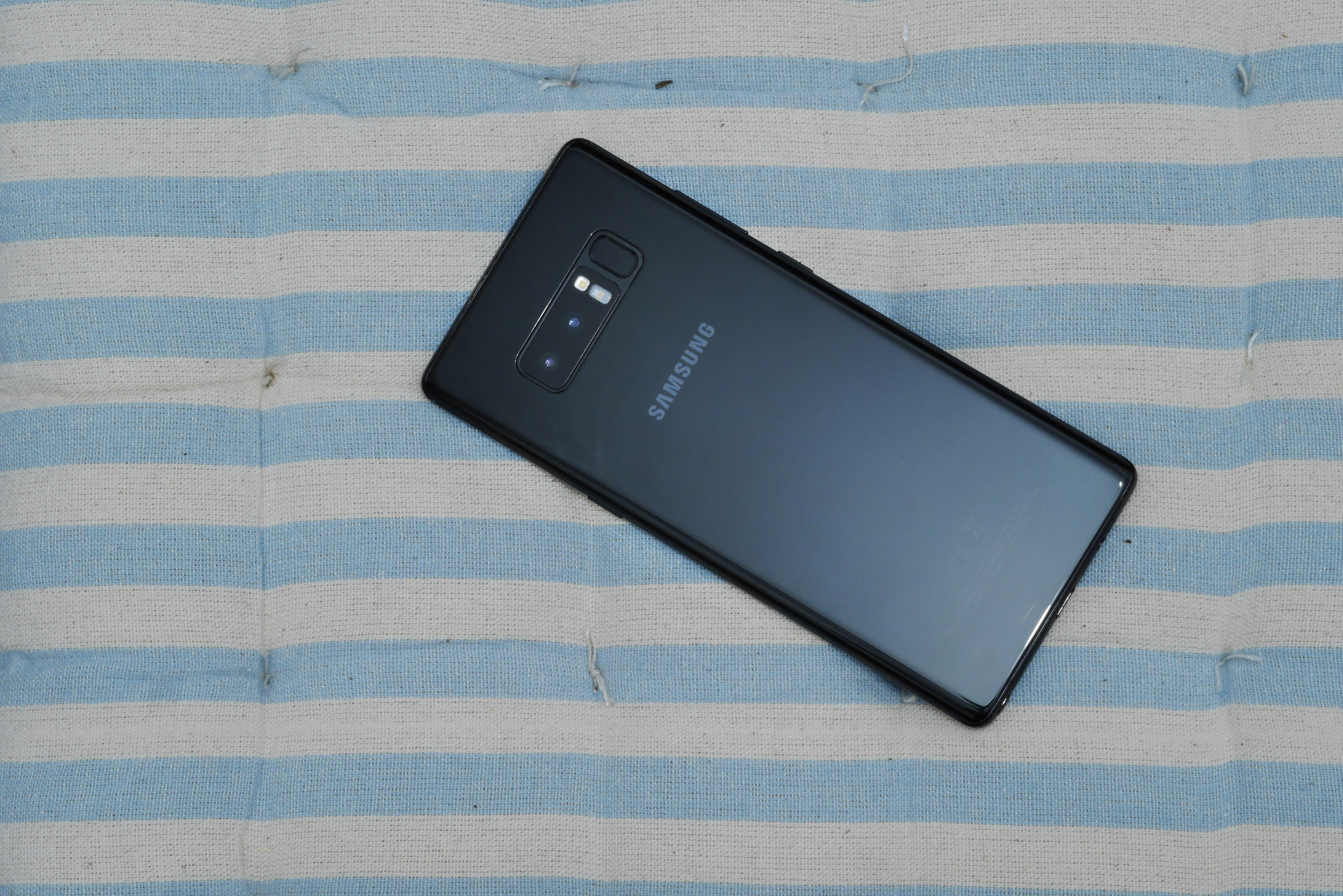 samsung galaxy note 8 review  still a great big phone